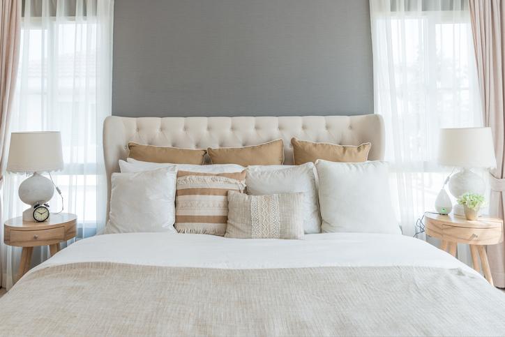 Calming feng shui bedroom
